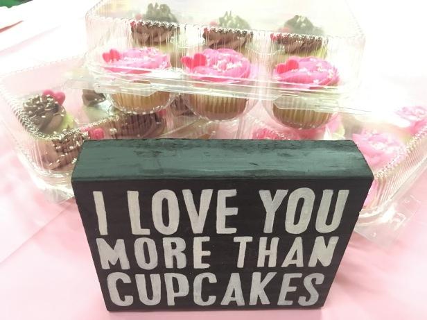 I LOVE YOU MORE THAN CUPCAKES!